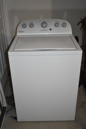 4.3 cu. ft. Cabrio Top Load Washer w/ Stainless Steel Wash Basket - White for Sale in Farmington, AR