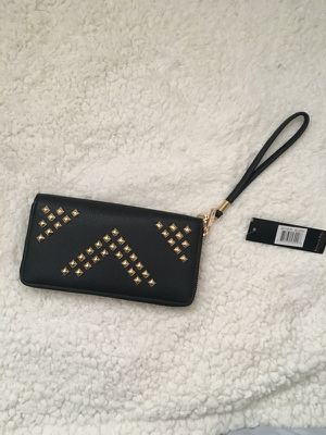 Black leather wristlet for Sale in Salinas, CA
