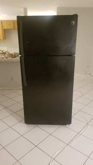 Kenmore Refrigerator for Sale in Coral Springs, FL