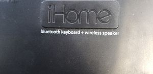 Bluetooth keyboard + wireless speaker for Sale in Clermont, FL