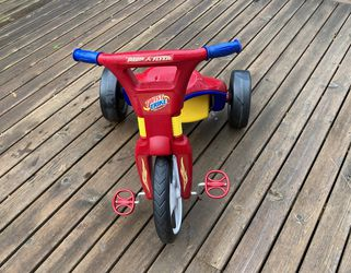 Radio Flyer Tricycle Combo for Sale in Snohomish,  WA
