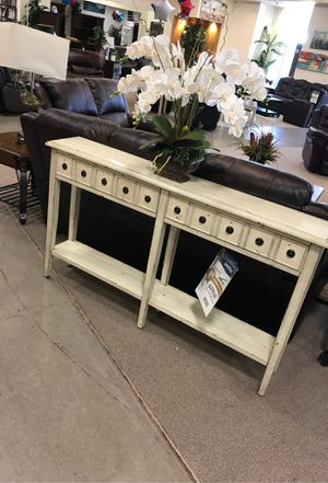 White console table for Sale in Sugar Land, TX