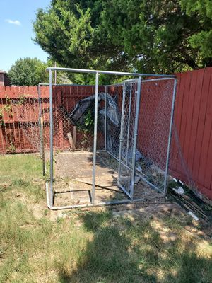 Big dog cage 8x6 with gate for Sale in Cedar Hill, TX