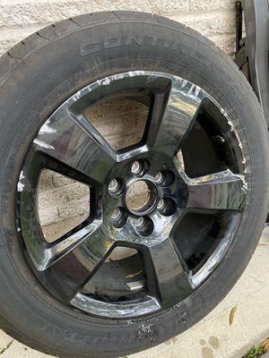 One oem Chevy 20 inch black rim bad tire heavy curb rash for Sale in Dickinson, TX