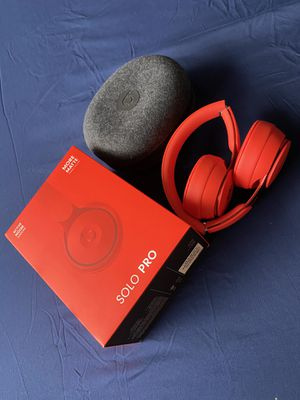 New unused Beats Solo Pro ANC matte finish Red headphones for Sale in Hillsboro, OR