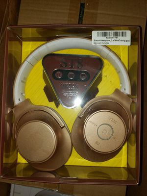 Wireless Bluetooth Headphones with Built In Mic for Sale in Citrus Heights, CA