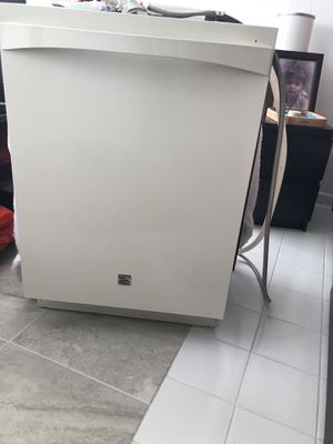 Kenmore Elite Ultraclean Dishwasher for Sale in Fort Lauderdale, FL