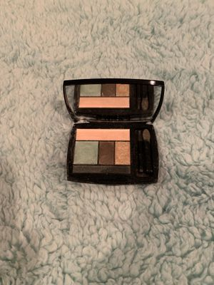 5-Eyeshadow Compact for Sale in Cleveland, TN