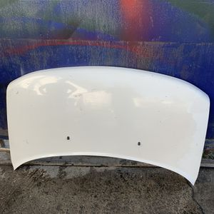 05 Toyota Scion Xb Hood for Sale in Los Angeles, CA