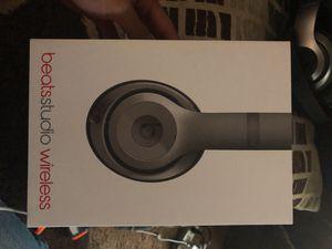 Beats Studio 2 wireless for Sale in Reedley, CA