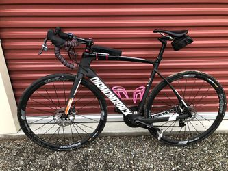 2018 Diamondback Vitesse Med / 54 Road Bike for Sale in Wenatchee,  WA