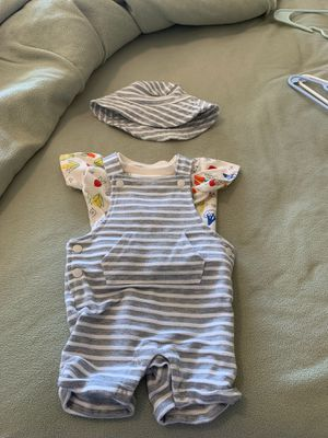 Baby clothes 0-3 month for Sale in Castle Rock, CO