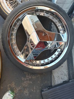1 rim for Sale in Las Vegas, NV