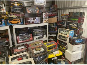 PACKED DIECAST CARS 1:18 for Sale in Rancho Cucamonga, CA