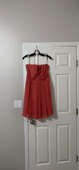David's Bridal coral strapless chiffon dress for Sale in Nampa, ID