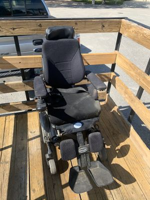 Free Motorized chair for Sale in Lutz, FL