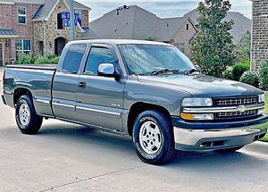 ֆ12OO 4WD CHEVY SILVERADO 4WD for Sale in Elk Falls, KS