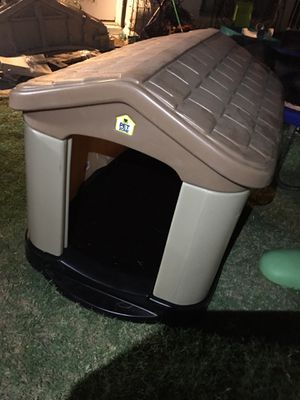 Dog house for Sale in Phoenix, AZ