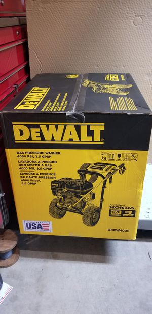 Brand new DEWALT 4000 PSI at 3.5 GPM Gas Pressure Washer Powered by Honda with AAA Triplex Pump $750 firm for Sale in Federal Way, WA