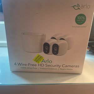 Arlo Cameras for Sale in Compton, CA