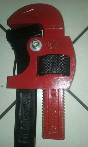 Vintage original stillson pipe wrench price is firm no lowballers please no trades for Sale in Fontana, CA