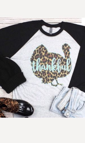NEW Thankful Leopard Print Turkey Baseball Tee for Sale in Vacaville, CA