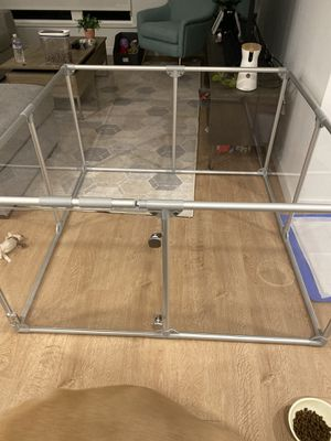 Clearly Loved Pets Medium Lucidium Dog Pen for Sale in South San Francisco, CA