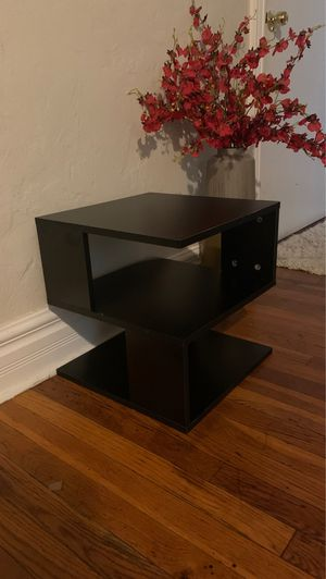 End Table for Sale in Pittsburgh, PA