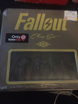 Fallout edition chess set for Sale in Trenton, NJ