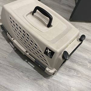 Dog Carrier (can Use Airplane Too) for Sale in Las Vegas, NV