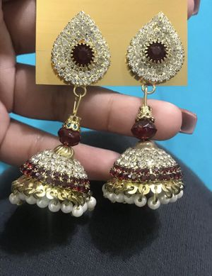 red faishon earrings w diamonds and pearls for Sale in Decatur, GA
