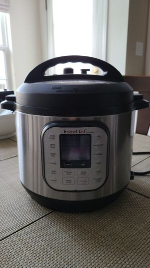 Instant Pot - used for Sale in Elgin, IL