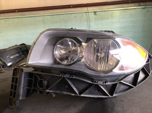 2011 bmw 128i driver side headlight for Sale in Manassas, VA