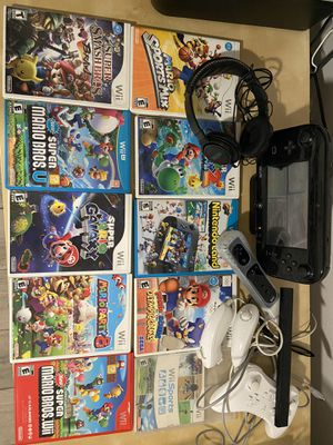 Wii U bundle with games and more !!! Like new for Sale in Miami Gardens, FL