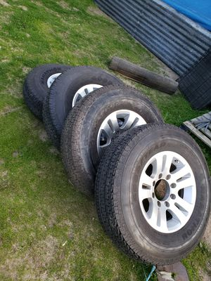 """8 LUGS TRAILER RIMS WITH TIRES 16"""" for Sale in Parlier, CA"""
