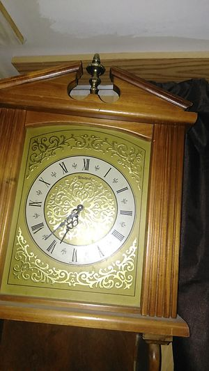 "Grandfather clock 4,5"" with shelves and cabinet for Sale in Mobile, AZ"