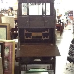 Etagere for Sale in Rochester, WA