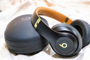 Beats Studio 3 Wireless for Sale in Columbia, MD