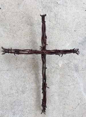 Cross ——made from barbed wire for Sale in Humble, TX