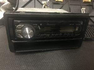 PIONEER MVH-X36BT BLUETOOTH USB Car Receiver for Sale in San Diego, CA