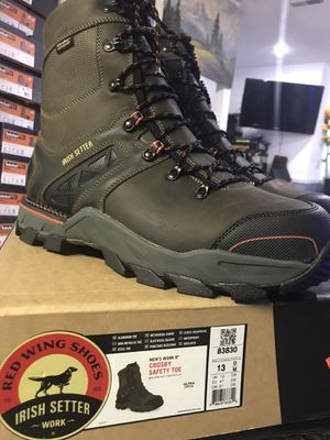 RED WING work boots//Crosby safety toe // size (13)(14) for Sale in Morton Grove, IL