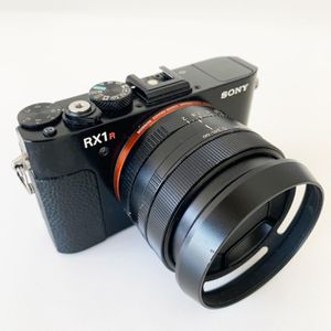 SONY RX1R II for Sale in Beverly Hills, CA