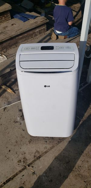 Lg portable ac unit for Sale in Tulare, CA