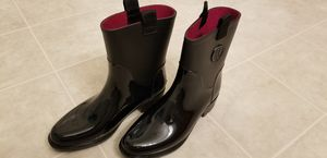 Tommy Hilfiger rain boots size 7 for Sale in Bakersfield, CA