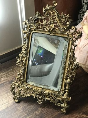 Brass antique mirror with stand for Sale in Virginia Beach, VA