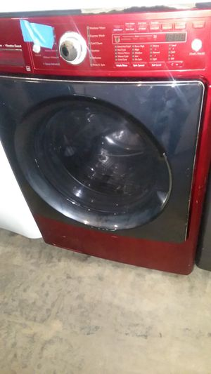 Kenmore elite washer excellent conditions 4 months warranty for Sale in Laurel, MD