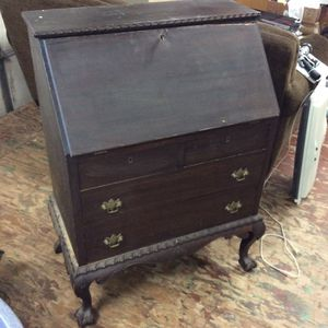 Antique Dark Wood Secretary Desk With Key Paine Furniture for Sale in Bellingham, MA
