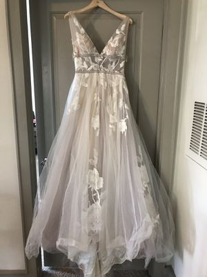 Willowby wedding dress for Sale in Houston, TX
