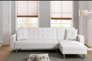 """Modern white sectional sofa bed ( queen size) 99 .5""""x 61"""" for Sale in Long Beach, CA"""