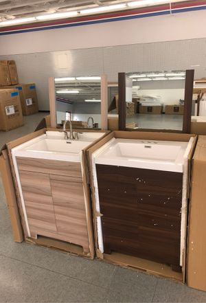"24"" bathroom vanity sets new wood cabinet with top and mirror brand new for Sale in Federal Way, WA"